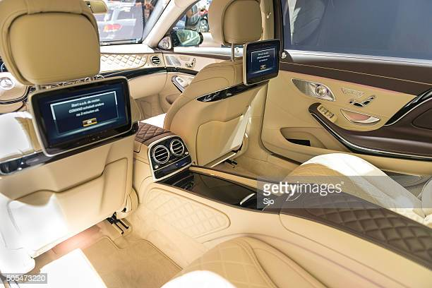 Mercedes-Maybach S500 4Matic interior rear seats