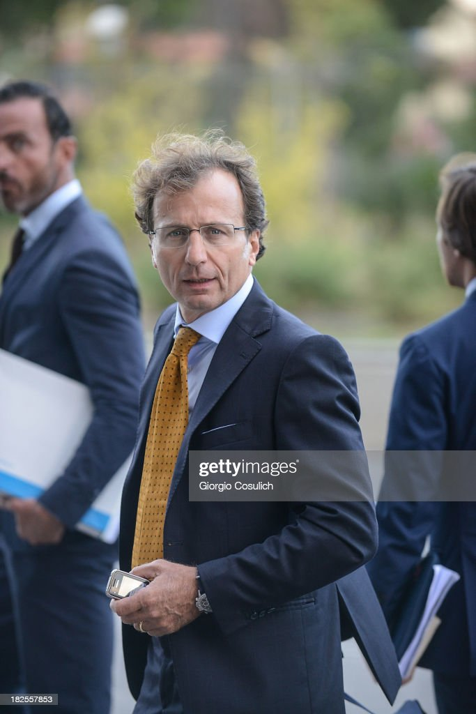 Meredith Kercher's family lawyer, Francesco Maresca, leaves the new Courthouse at the end of the appeal trial of Amanda Knox and Raffaele Sollecito on September 30, 2013 in Florence, Italy. Both Knox and Sollecito had their convictions overturned and were released in 2011 after four years in prison. Knox has no plans to return to Italy for their retrial and will be represented by her laywers in court.