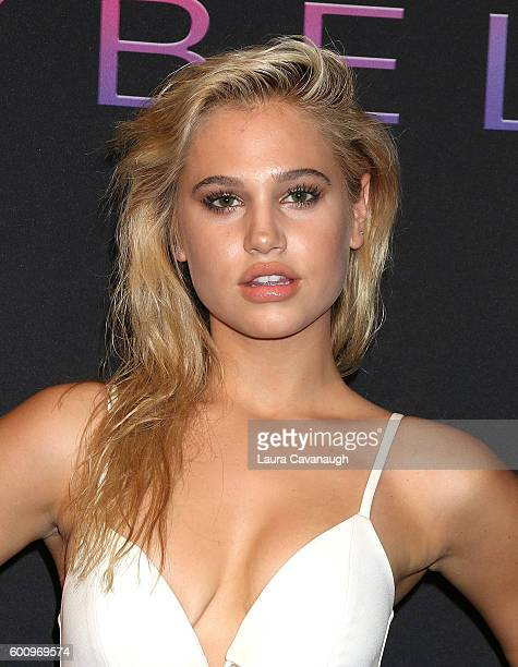Meredith Mickelson attends Maybelline New York Celebrates NYFW on September 8 2016 in New York City