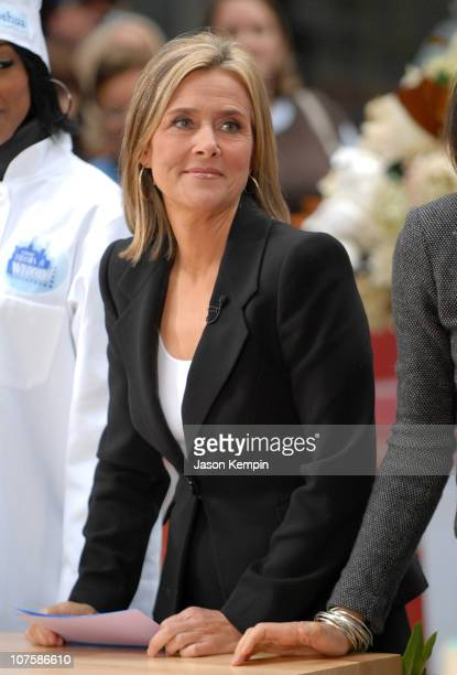 Meredith Vieira during Meredith Vieira Makes Her Debut Appearance On 'The Today Show' September 13 2006 at Rockefeller Plaza