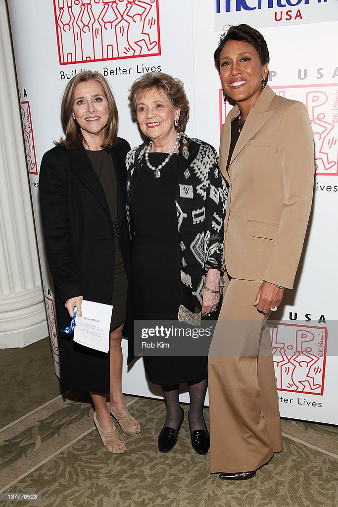 Meredith Vieira Matilda Cuomo and Robin Roberts attend the 'The Person Who Changed My Life Prominent People Recall Their Mentors' book launch party...