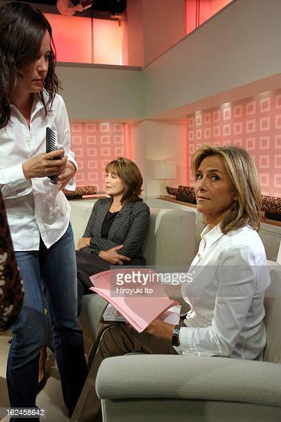Meredith Viera in NBC's The Today Show on Wednesday morning September 5 2007This imageGetting a brief makeup check during the break