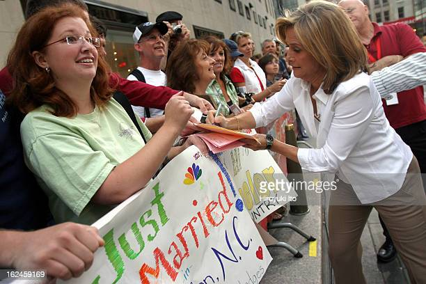 Meredith Viera in NBC's The Today Show on Wednesday morning September 5 2007This imageMeredith giving an autograph to a fan at the Rockefeller Plaza...