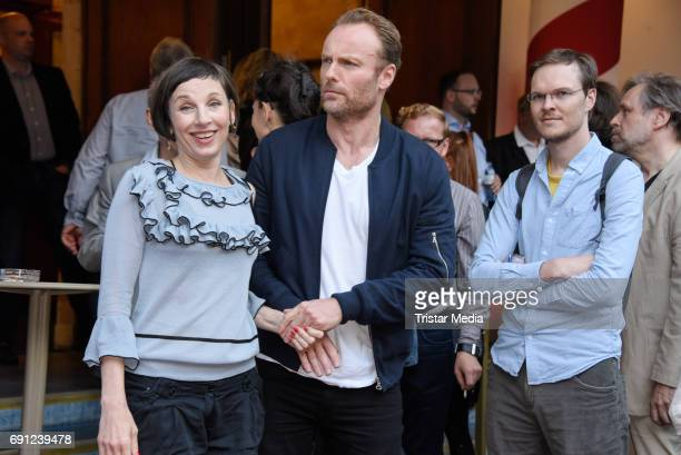 Meret Becker and Mark Waschke during the 'Tatort Amour fou' Preview And Photo Call in Berin Deutschland 2017 at ISS on May 31 2017 in Berlin Germany