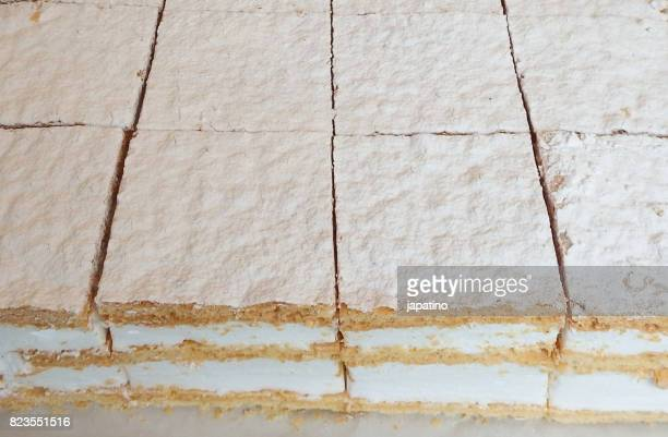 Meringue and puff pastry