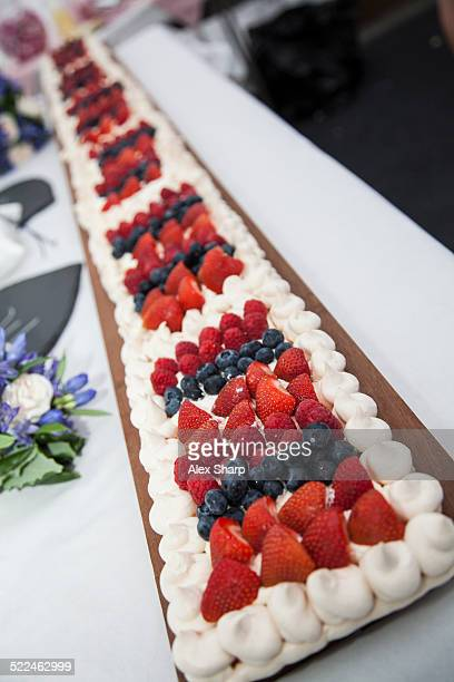 Meringue and summer fruits