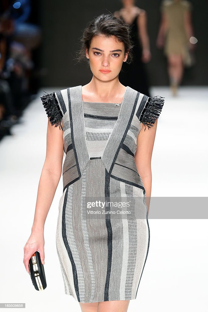 Merve Buyuksarac walks the runway at the Gizia show during Mercedes-Benz Fashion Week Istanbul s/s 2014 on October 7, 2013 in Istanbul, Turkey.