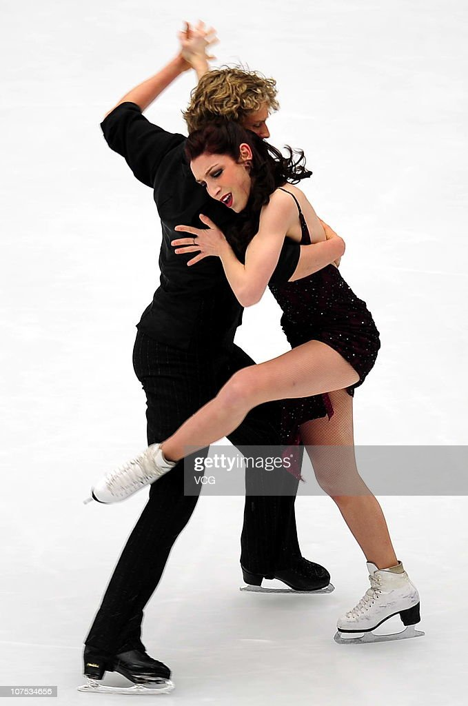 <a gi-track='captionPersonalityLinkClicked' href=/galleries/search?phrase=Meryl+Davis&family=editorial&specificpeople=3995758 ng-click='$event.stopPropagation()'>Meryl Davis</a> and <a gi-track='captionPersonalityLinkClicked' href=/galleries/search?phrase=Charlie+White+-+Figure+Skater&family=editorial&specificpeople=6691356 ng-click='$event.stopPropagation()'>Charlie White</a> of USA skate in the Ice Dance Free Dance during ISU Grand Prix and Junior Grand Prix Final at Beijing Capital Gymnasium on December 11, 2010 in Beijing, China.