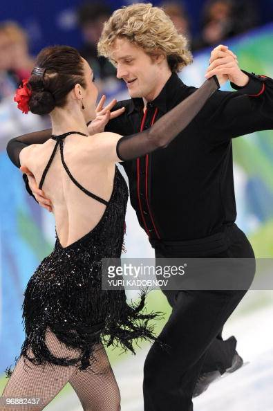 US Meryl Davis and Charlie White perform in the figure skating Ice Dance compulsory dance 'Tango Romantica' t the Pacific Coliseum in Vancouver...