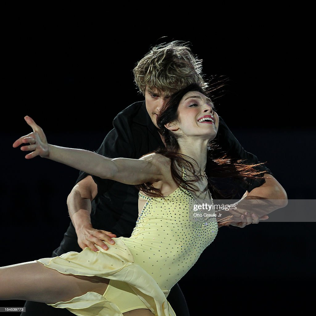 <a gi-track='captionPersonalityLinkClicked' href=/galleries/search?phrase=Meryl+Davis&family=editorial&specificpeople=3995758 ng-click='$event.stopPropagation()'>Meryl Davis</a> & Charlie White perform in the Smucker's Skating Spectacular event during the Skate America competition at the ShoWare Center on October 21, 2012 in Kent, Washington.