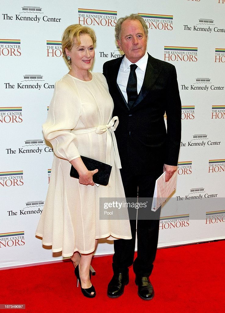 <a gi-track='captionPersonalityLinkClicked' href=/galleries/search?phrase=Meryl+Streep&family=editorial&specificpeople=171097 ng-click='$event.stopPropagation()'>Meryl Streep</a> and <a gi-track='captionPersonalityLinkClicked' href=/galleries/search?phrase=Don+Gummer&family=editorial&specificpeople=1129177 ng-click='$event.stopPropagation()'>Don Gummer</a> (R) arrive for a dinner for Kennedy honorees hosted by U.S. Secretary of State Hillary Rodham Clinton at the U.S. Department of State on December 1, 2012 in Washington, DC. The 2012 honorees are Buddy Guy, actor Dustin Hoffman, late-night host David Letterman, dancer Natalia Makarova, and members of the British rock band Led Zeppelin Robert Plant, Jimmy Page, and John Paul Jones.