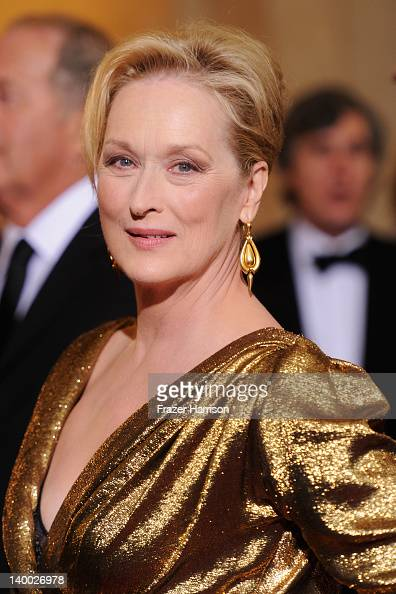 Meryl Streep arrives at the 84th Annual Academy Awards held at the Hollywood Highland Center on February 26 2012 in Hollywood California