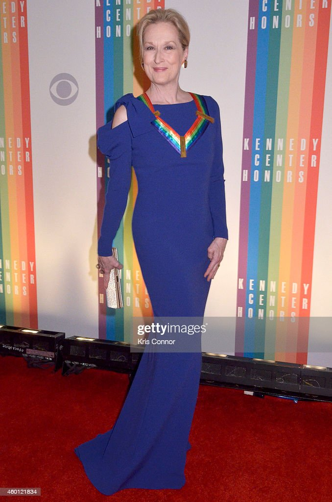 <a gi-track='captionPersonalityLinkClicked' href=/galleries/search?phrase=Meryl+Streep&family=editorial&specificpeople=171097 ng-click='$event.stopPropagation()'>Meryl Streep</a> walks the red carpet during the 27th Annual Kennedy Center Honors at John F. Kennedy Center for the Performing Arts on December 7, 2014 in Washington, DC.