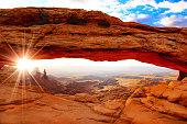 Mesa Arch in Canyonlands National Park, Utah, USA