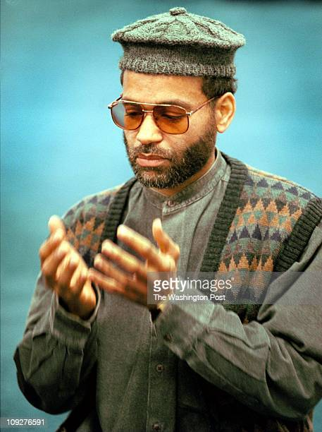 12/14/97 Mesjid Taqwa Mosque PG County Glen Arden Members of the mosque gathered and bagged food for the needy which they will also deliver Before...