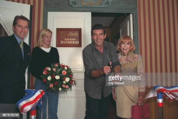 JC Messant hotel director Melanie Griffith Antonio Banderas and the owner M Barriere