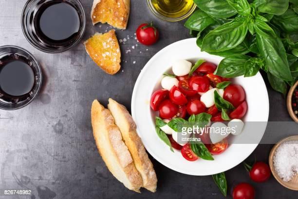 Messthetics. Caprese salad