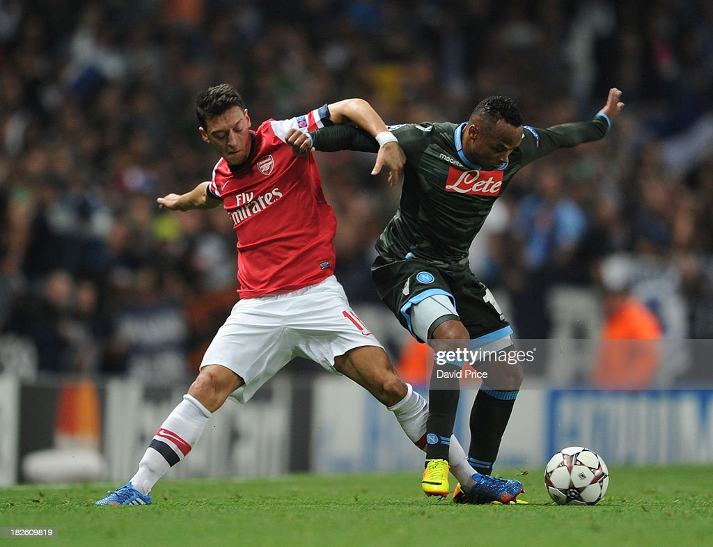 Arsenal v SSC Napoli -  UEFA Champions League