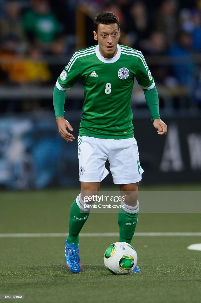 Mesut Oezil of Germany controls the ball during the FIFA 2014 World Cup Qualifier match between Faeroe Islands and Germany on September 10, 2013 in Torshavn, Denmark.