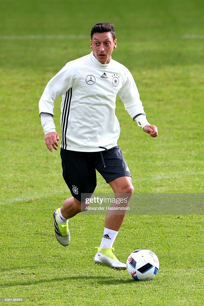 Mesut Oezil of Germany plays the ball during a training session at Stadio communale on day 8 of the German national team trainings camp on May 31, 2016 in Ascona, Switzerland.