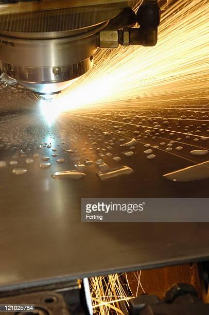 Metal laser cutting tool
