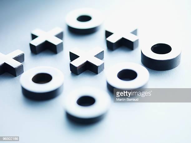 Métal de tic-tac-toe des pièces
