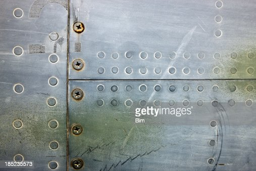XXXL aus Metall Hintergrund mit Nieten und Schrauben
