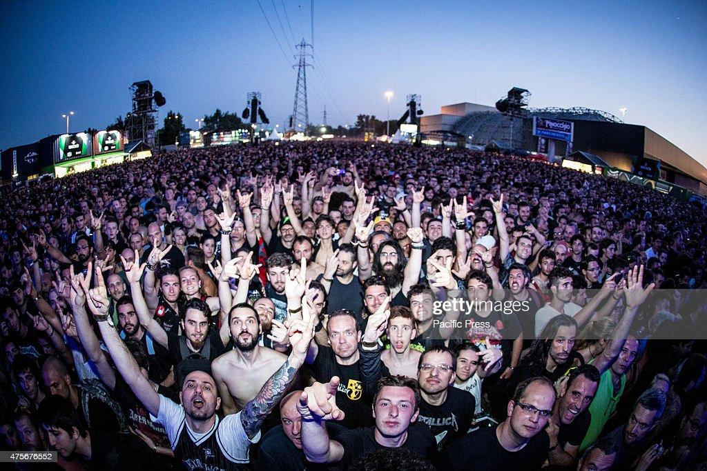 Reading Festival Saturday: Metallica fans showcase their band t ...