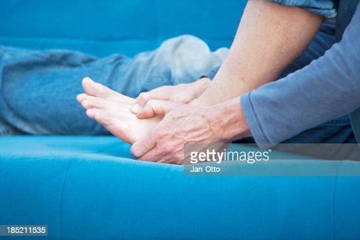 Metatarsal pain