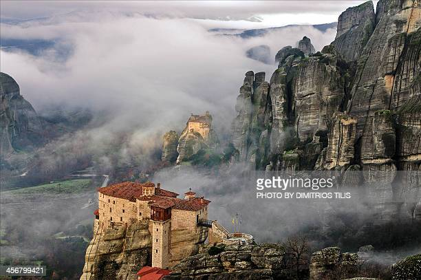 Meteora between earth and sky_resize