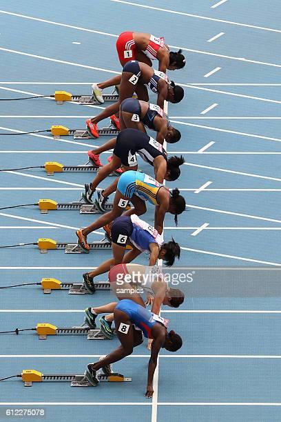 100 Meter Start allgemein Frauen 100 meter start women in der Startblöcken IAAF Leichtathletik WM Weltmeisterschaft in Daegu Sudkores 2011 IAAF world...