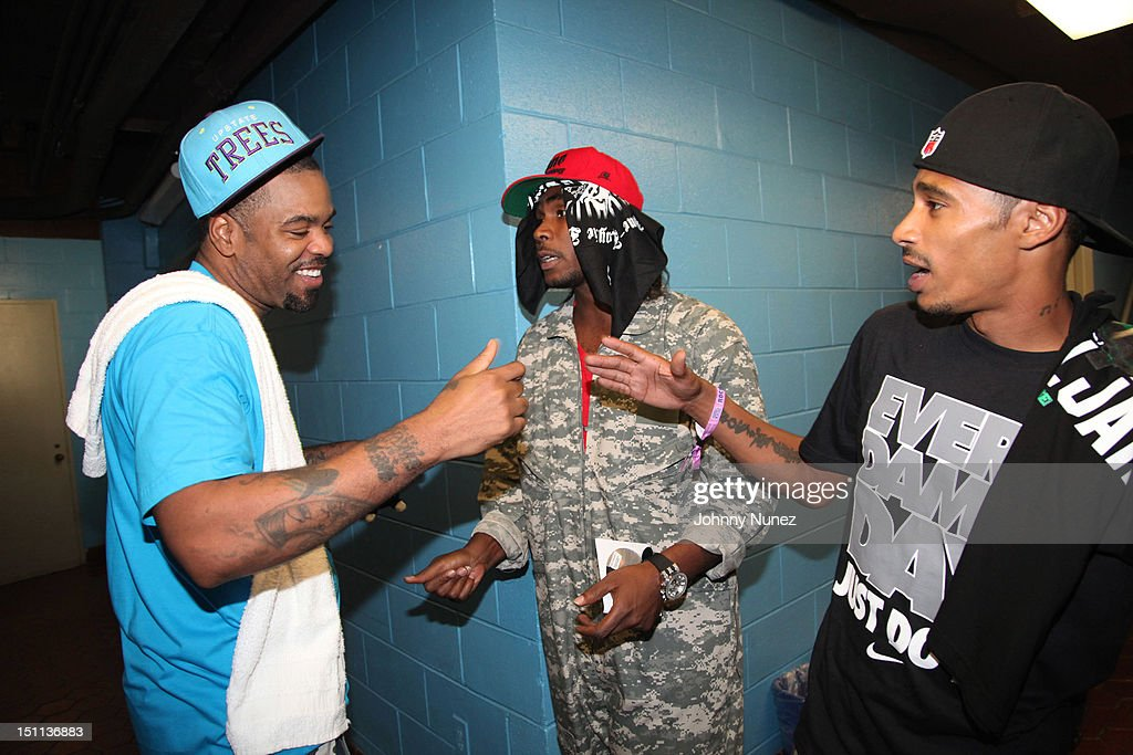 <a gi-track='captionPersonalityLinkClicked' href=/galleries/search?phrase=Method+Man&family=editorial&specificpeople=213181 ng-click='$event.stopPropagation()'>Method Man</a>, Flesh-N-Bone, and Layzie Bone attend the 2012 Rock The Bells music festival at the PNC Bank Arts Center on September 1, 2012 in Holmdel, New Jersey.