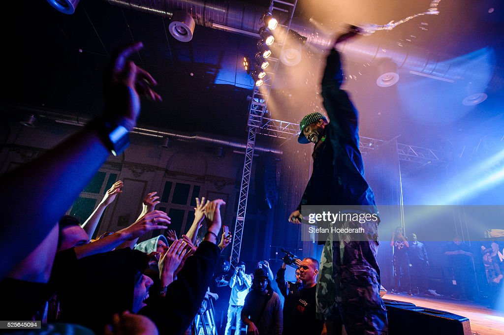 Method Man of Method Man & Redman performs live on stage during a concert at Huxleys Neue Welt on April 28, 2016 in Berlin, Berlin.