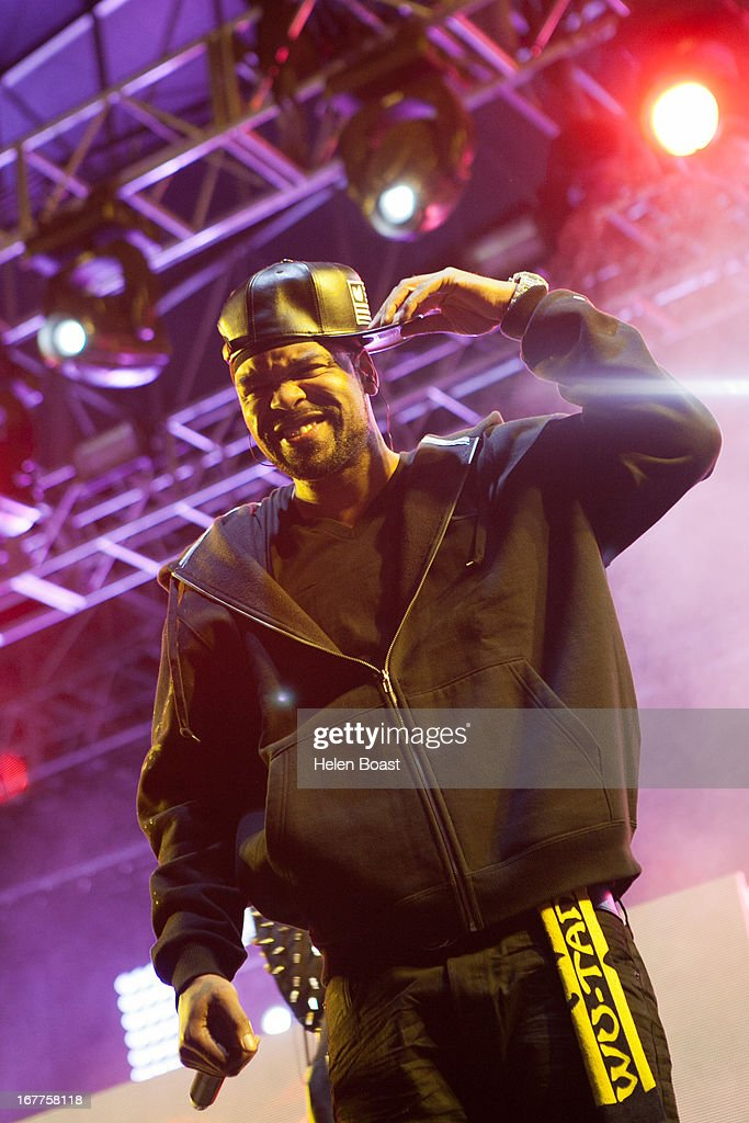 Method Man of The Wu Tang Clan performs on stage at 2013 Coachella Music Festival on April 21, 2013 in Indio, California.