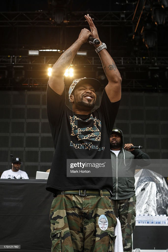 <a gi-track='captionPersonalityLinkClicked' href=/galleries/search?phrase=Method+Man&family=editorial&specificpeople=213181 ng-click='$event.stopPropagation()'>Method Man</a> of Wu Tang Clan performs on Day 4 of the RBC Royal Bank Bluesfest on July 7, 2013 in Ottawa, Canada.