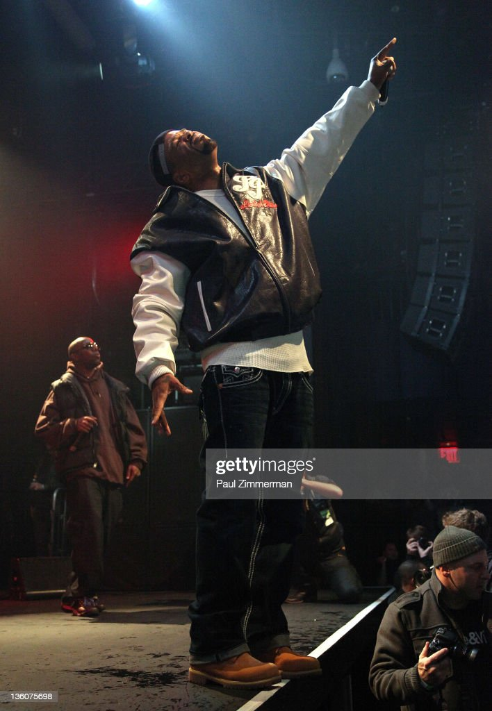 Method Man of WuTang Clan performs at Best Buy Theater on December 18 2011 in New York City