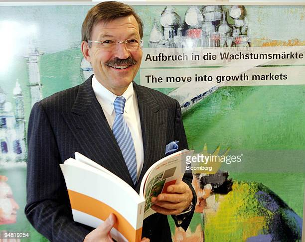 Metro Group Chief Executive HansJoachim Koerber poses prior to a news conference in Duesseldorf Germany Wednesday March 22 2006 Metro AG the world's...