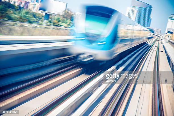Metro Zug in Dubai