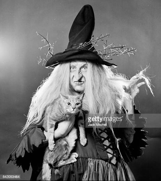 Metropolitan Opera star Andrea Velis in costume as the witch in 'Hansel and Gretel' 1971 Photo by Jack Mitchell/Getty Images