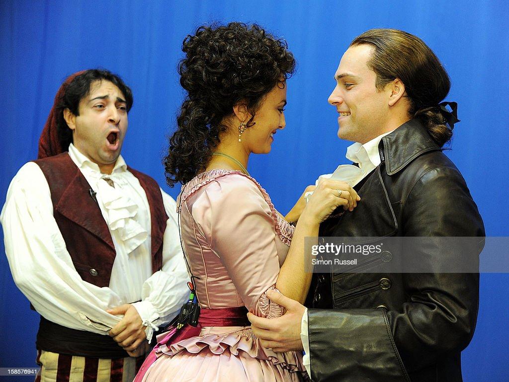 Metropolitan Opera stars Rodion Pogossov, Isabel Leonard and Alek Shrader perform 'The Barber Of Seville' at the Kravis Children's Hospital at Mount Sinai Medical Center on December 19, 2012 in New York City.