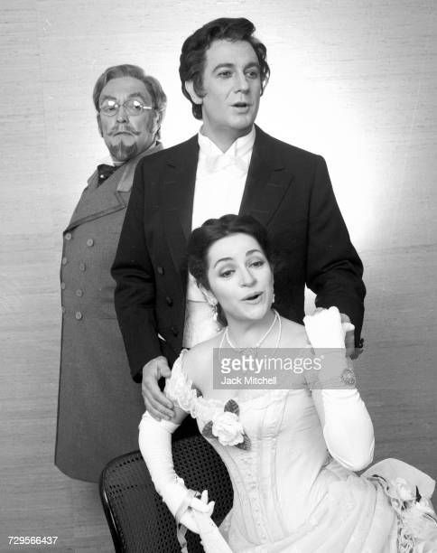 Metropolitan Opera's 'La Traviata' starring Ileana Cotrubas as Violetta Plácido Domingo as Alfredo and Cornell MacNeil as Germont March 1981 Photo by...