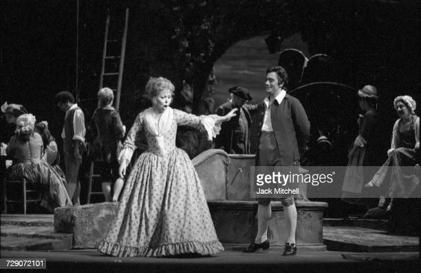 Metropolitan Opera's 'Manon Lescaut' starring Renata Scotto Plácido Domingo and Pablo Elvira in March 1980 Photo by Jack Mitchell/Getty Images