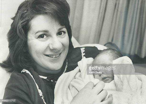 Metro's first 1974 baby is a girl Metro's first baby for 1974 is a girl born to Ken and Linda Bradshaw of Mississauga at 32 minutes after midnight in...