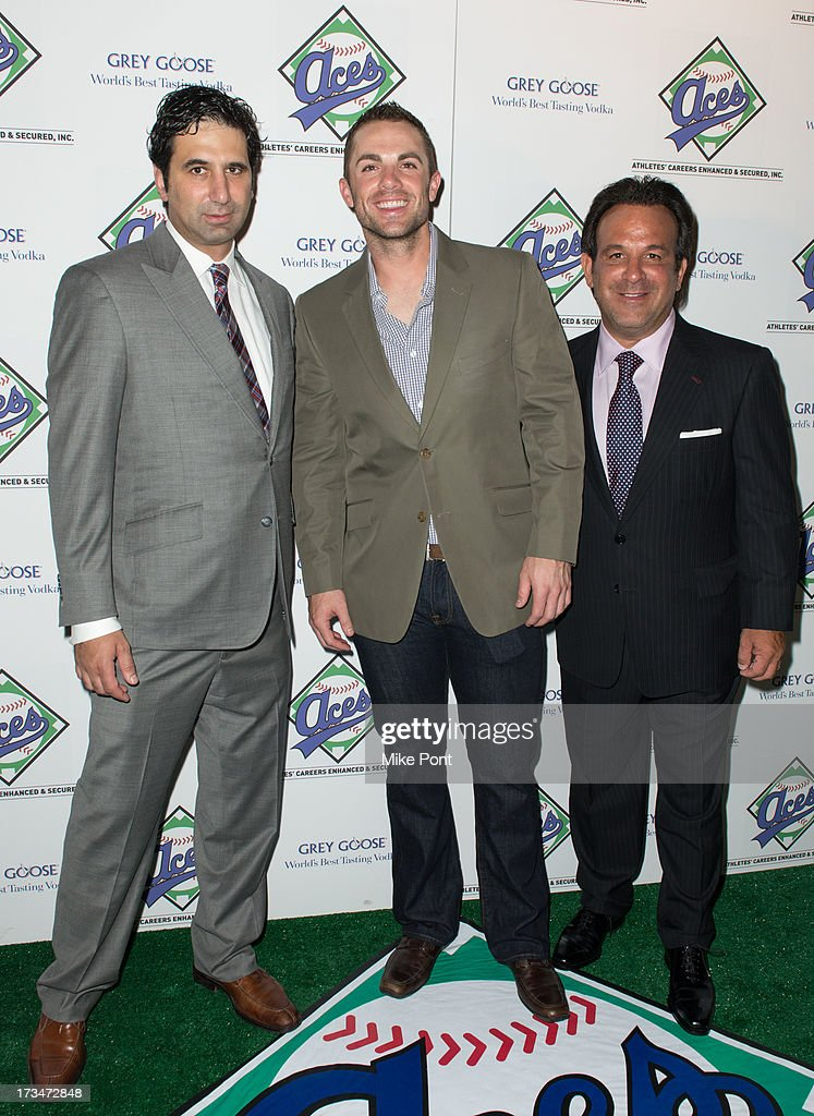 NY Mets Baseball Player <a gi-track='captionPersonalityLinkClicked' href=/galleries/search?phrase=David+Wright+-+Baseball+Player&family=editorial&specificpeople=209172 ng-click='$event.stopPropagation()'>David Wright</a> (C), Aces owner <a gi-track='captionPersonalityLinkClicked' href=/galleries/search?phrase=Sam+Levinson&family=editorial&specificpeople=1688037 ng-click='$event.stopPropagation()'>Sam Levinson</a> (R) and guest attend the ACES Annual All Star Party at Marquee on July 14, 2013 in New York City.