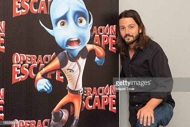 Mexican Actor Diego Luna attends the 'Operaci—on Escape' photocall at St Regis Hotel on April 03 2013 in Mexico City Mexico