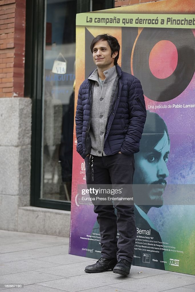 Mexican actor <a gi-track='captionPersonalityLinkClicked' href=/galleries/search?phrase=Gael+Garcia+Bernal&family=editorial&specificpeople=202025 ng-click='$event.stopPropagation()'>Gael Garcia Bernal</a> attends 'NO' photocall at Golem Cinemas on February 7, 2013 in Madrid, Spain.