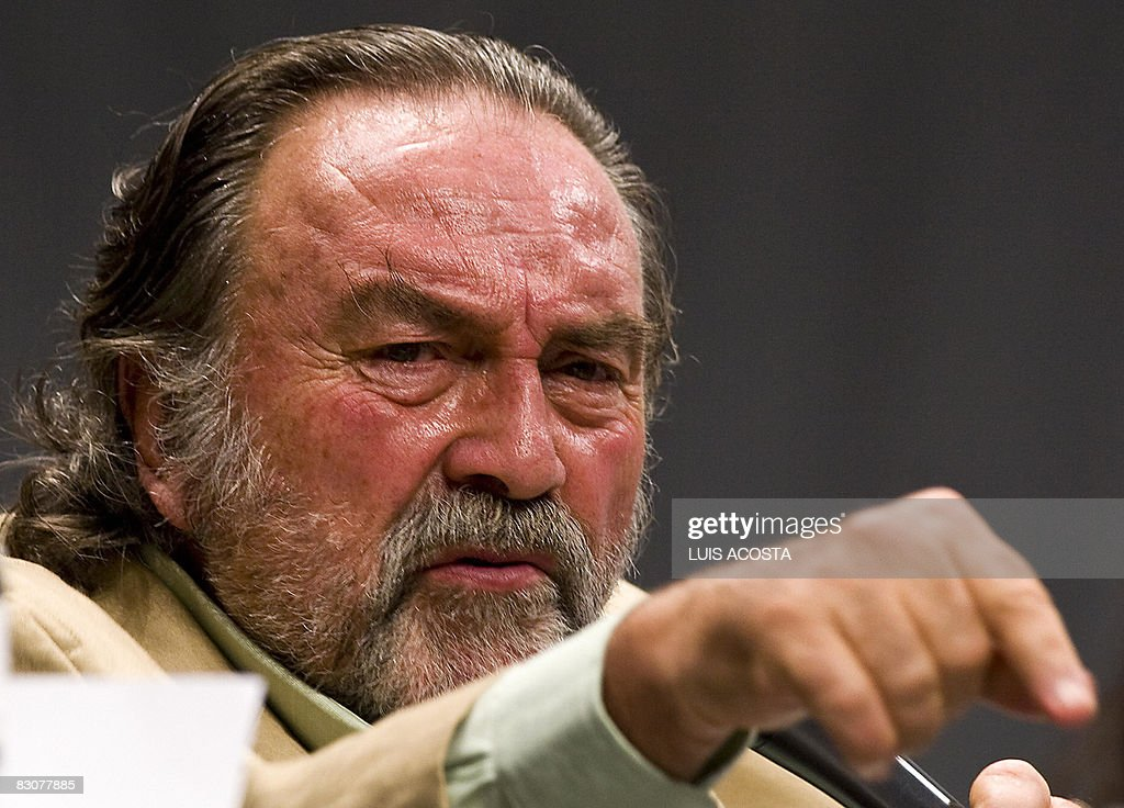 AFP PHOTO/<b>Luis Acosta</b> Show more - mexican-actor-pedro-armendariz-takes-part-in-the-actors-meeting-the-picture-id83077885