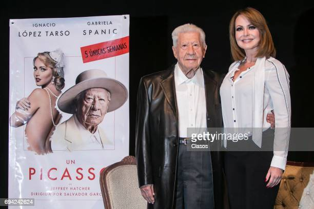 Mexican actress Gaby Spanic and Mexican actor Ignacio Lopez Tarso pose during the press conference to announce the play 'Un Picasso' at Rafael Solana...