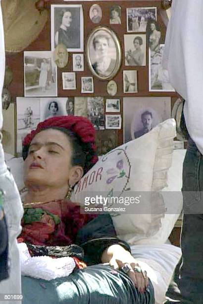 Mexican actress Salma Hayek performs in a scene on the set of the film 'Frida Kahlo' April 12 2001 in Puebla Mexico Hayek plays the title role in the...