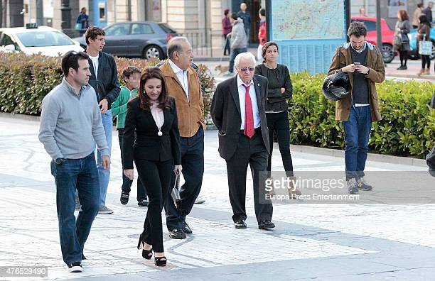 Mexican businessman Carlos Slim his family and Padre Angel are seen on May 22 2015 in Oviedo Spain